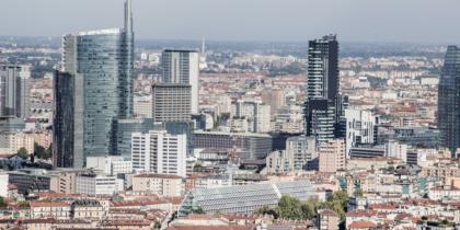 Ai piedi dello skyline della città ora anche la Fondazione Feltrinelli