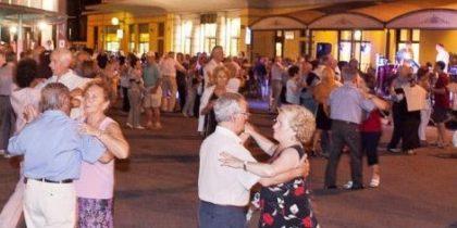 anziani-ballo