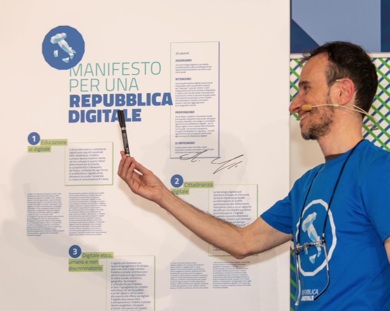 Luca Attias e il Manifesto della Repubblica Digitale